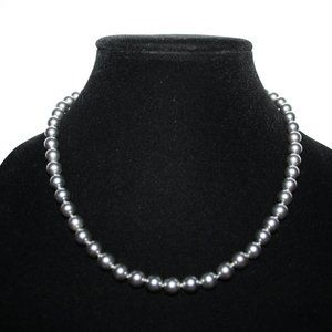 Vintage silver and gray pearl necklace 18""